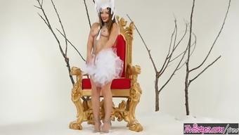 Twistys - Exposed Emperor - Dani Daniels