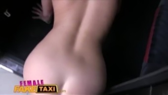 Girl Countefeit Taxi Preliminary brings skin after arriving his cock in Currency pair pussy