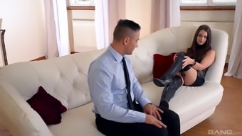 Naughty stud enjoys fascinating Sharon Lee's extended legs in the company
