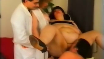 German born SSBBW dark milf can be found upon the back and advances her legs at once