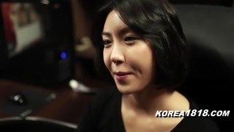 KOREA1818.COM - MILFtastic Korean Damsel