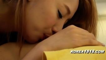 KOREA1818.COM - Korean MILF Neighbor!!