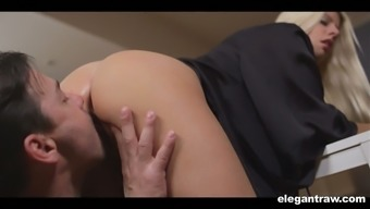 Prolonged legged attractive blonde girl Jessie Volt serves as a genuinely committed admirer of analfuck