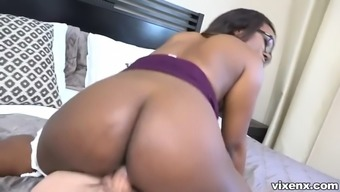 skyler nicole utilizes her curvy ebony whole body to actually sway client to purchase a house