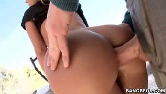 jada stevens anal penetrated using a thick brawny cock