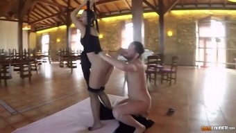 kissing and fucking in aerial this type of fitness hammock with the use of spanish babe julia roca