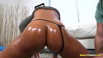 bootylicious avingumas sanchez gets boned by light fella in her latina pussy