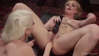 Vigorous girlfriend is fisting anus of sex-appeal tied up Dahlia Sky