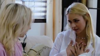 Warm doctors Sarah Vandella and Zoe Parker fuck one other challenging