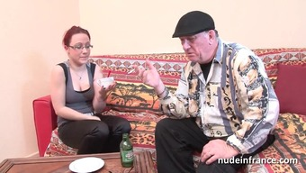 Anal enlisting couch of a new fairly young the french language redhead