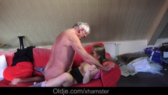 Young Usrr Girl Suck The Bone of some Old Grandpa