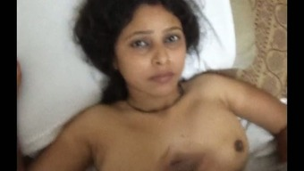 Dirty-minded Indian dark dermis housewife gets hammered missionary