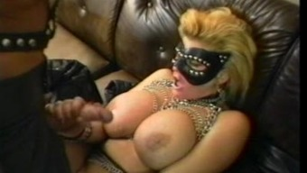 Freaks of Type - Leather tramp and 8 inches