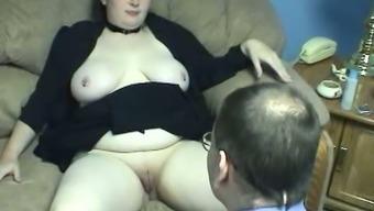 Plumper milk sensitive Big beautiful woman op welke manier gets her distended crimson eaten