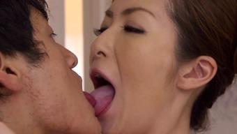 Wonderful Japanese people milf enjoys getting her pussy stroked