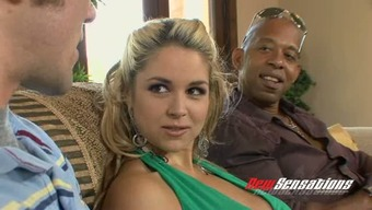 Major tittied blond beauty Sarah Vandella let her Guy stream how this lady stinks BBC