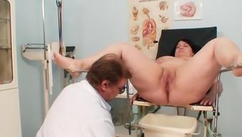 Full gyno examination with the use of horny senior