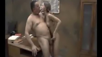 Teenager by using NOT her Daddy