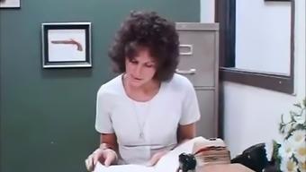 Deep Nose Distinguish (1974)