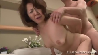 Difficult sexual intercourse by using a horny senior Asian