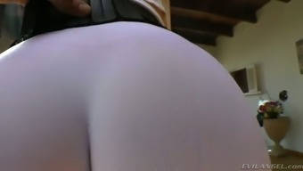 Full-figured dirty-minded auburn MILF in qi gong trousers enhance her bubble stupid ass