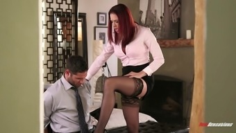 Brunette elegant is going to now look for yrs following the exotic hammering he got on floor
