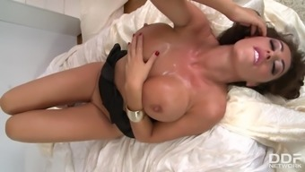 Large Milf Avesys Koxxx Can take 2 cocks Hormones profound at Shot Sessio