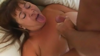 Naughty mature mum by using vast boobs and fat macronutrients ass is obtaining fucked very difficult in grimy porn scene