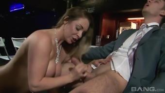Lusty cheating future bride Victoria The hot season taking pleasure in a tough wiener