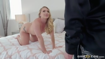 vulgar blond aj applegate seduces expense bailey