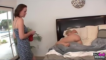 Pussylicking stepmom seduced young adult attractiveness