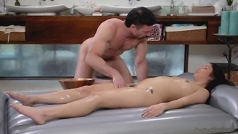 oiled right up latina vanessa atmosphere gets stroked and fucked