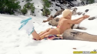 Nothing makes Luna Star joyful like getting her cunt defeated outdoor