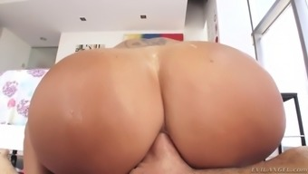 ava addams poops along with fat and banana before anal