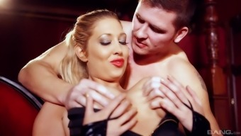 Cute Lexi Lowe gets her pussy fucked whereas her boobs rebound