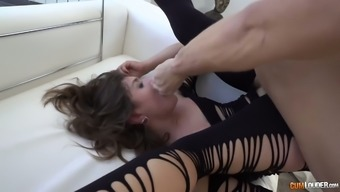 Vulgar Spanish slut Julia Roca gives a rimjob and gets her pussy and handle fucked
