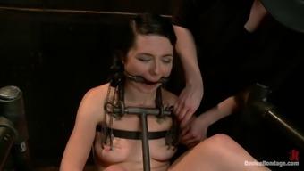 Dark bondage bitch injured party of instruments!