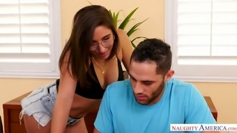 Flexible hottie Abella Hazard does the takes and amusement rides a dick