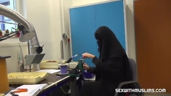 Muslim darling gets rod in her cunt