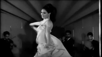 Pretpretty iranian dances
