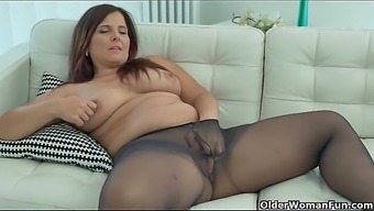Best of Currency pair milfs piece 2 or more