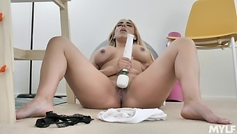 Curvy blonde Kylie Kingston pleasures her beaver with a vibrator