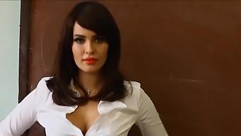 Dasha Astafieva - sexy Ukrainian teacher