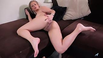 Closeup amateur video of Alana Luv masturbating on the sofa