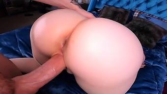 Big ass hottie riding big cock
