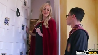 Brutally sexy MILF Brandi Absolutely adore wants to fuck this magician