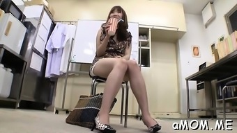 Open mama moans by using bump unfathomable in their fuzzy vaginal canal