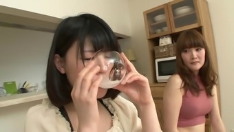japanese people date beverage her acquaintances spit