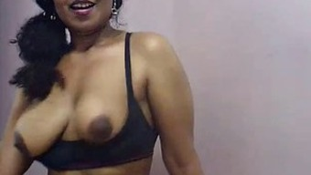 Indian Love-making Coach Lily Role Make use of the Masturbation