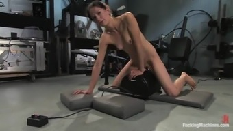 Skinny Cali gets her juicy vaginal canal drilled through a equipment